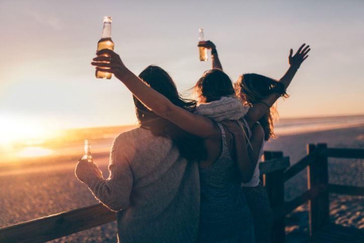 celebri el dia internacional de la cervesa amb BGrup