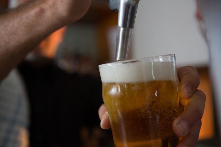 distribuidor cerveza mahou