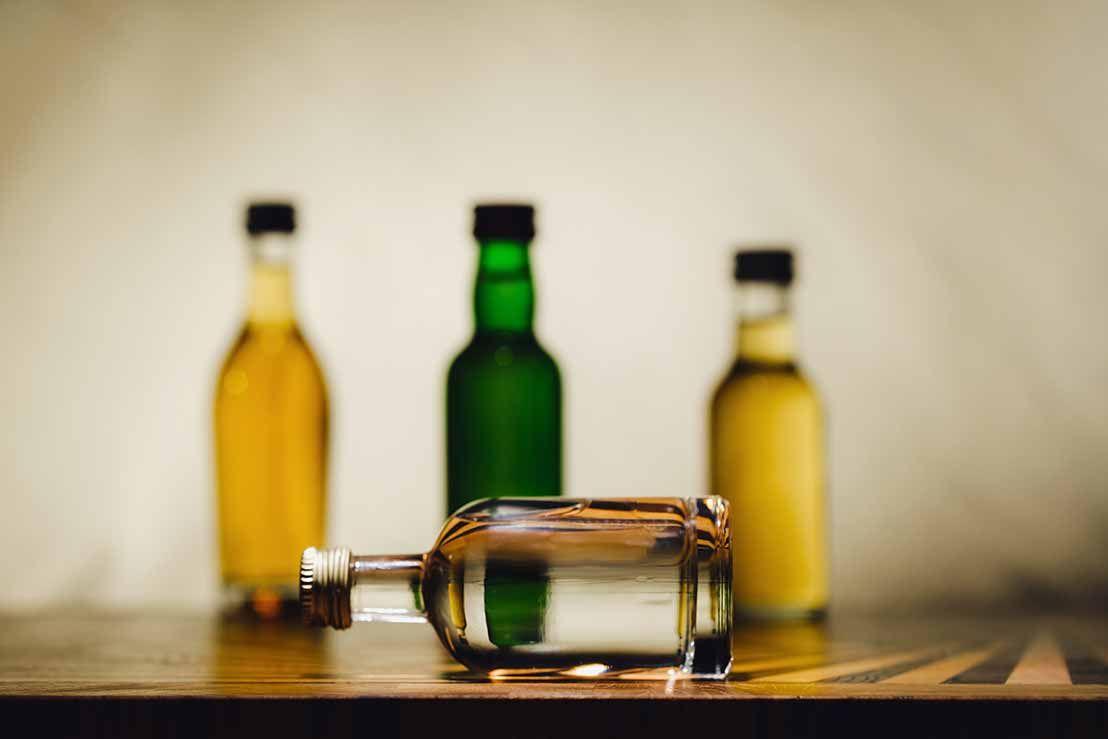 Mini botellas de alcohol al por mayor